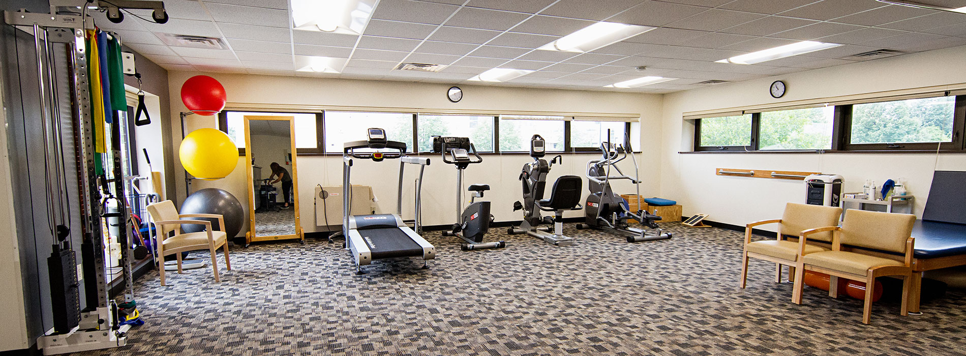 thera-dynamics physical therapy gym area